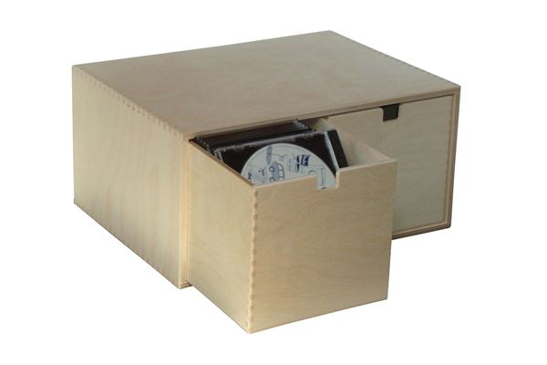Holzkiste mit 2 CD-Schubladen